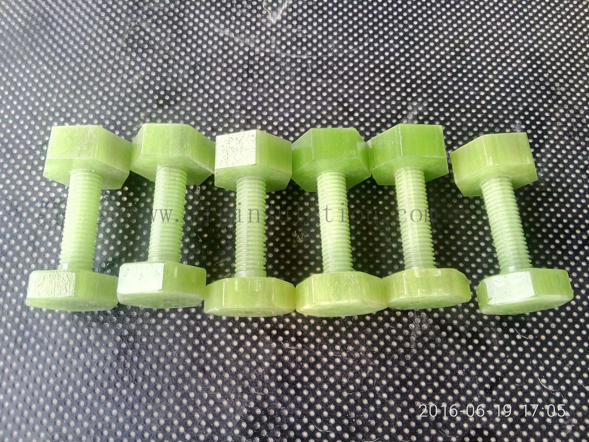 Insulation bolts